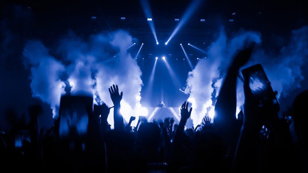 DJ לאירועים – הדובדבן שבקצפת לאירוע שלכם