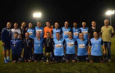 גבעת זאב היא אלופת ליגת בתי הכנסת בכדורגל