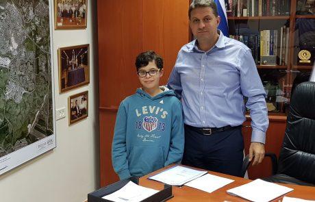 משימת חתן בר המצווה: ראיון עם ראש העיר