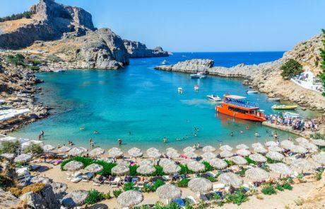 """טסים ל""""עקיצה"""" של סוף שבוע ביוון? מסלול טיול מנצח עם רכב שכור מרודוס"""
