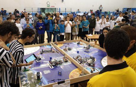 """לזכר רונה רמון ז""""ל: תחרות עירונית מקדימה ברובוטיקה"""