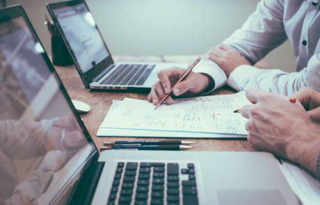 ראיית חשבון או משפטים – מה כדאי לך ללמוד?